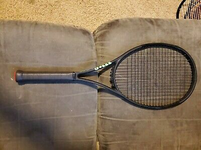 WILSON BLADE 98 (16x19) Countervail Current Model Grip 4 1/4