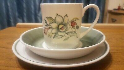 Vintage Susie Cooper Bridal Bouquet Trio Cup Saucer & tea Plate -Fine Bone China