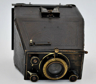 Camera Collection Emile Pipon 2.59 French Manufacturing Early 20th