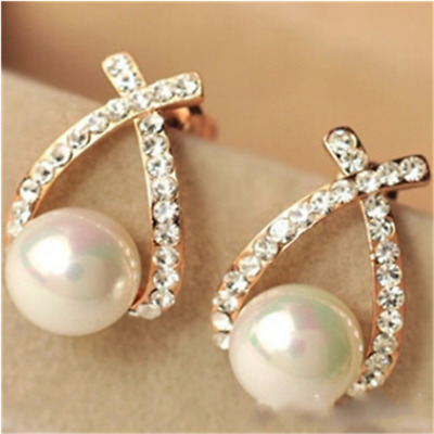 Overlapping Pearl Flash Drill Studs Are Exquisite Fashion Earrings Party Real