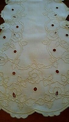 Vintage/Antiq. Madeira Linen Hand Embroidered  Rose Floral Table Runner-50x15