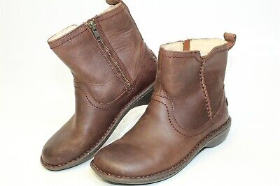 a3f82472dda UGG AUSTRALIA NEEVAH 1004177 Womens 7 Brown Leather Zip Up Shearling Lined  Boots