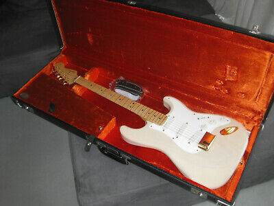 1989 Fender Mary Kaye Stratocaster w.Original Case, Made in USA - 100% Vintage