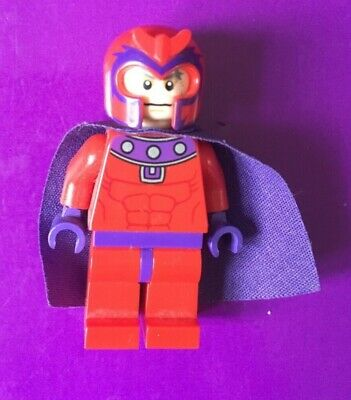 BM022 Lego X-Men Super Magneto with Armor Magnetic Forces Genuine Lego Parts NEW