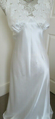 Vintage St. Michael midi shiny slippery satin cream nightdress/slip.  size 10.