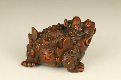 Chinese old boxwood hand carved frog statue figure netsuke