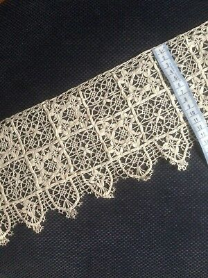 ANTIQUE VINTAGE HANDMADE ENGLISH/IRISH LACE - EXCEPTIONAL LENGTH APPROX 7mtrs