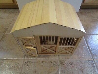 Melissa And Doug Wooden Fold Up Horse Barn Stable With Fence Corral Fold Up