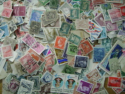 Rest of World Off-paper Stamp Mixture 50g approx 800 stamps Good Mixture (06/19)