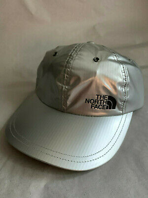 ffd7bfd87aa8b SUPREME X THE North Face Metallic Silver 6 Panel Cap SS18 - EUR 88 ...