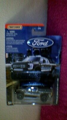 Matchbox - Ford Series - '17 Ford Sky Jacker Super Duty F-350 - Met. Silver-Grey