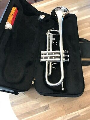 SLADE Trumpet Bb B Flat Durable Brass Trumpet with a Silver-plated Mouthpie