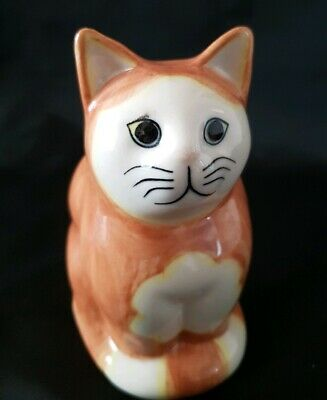Sitting Cat Ornament by Quail  Ginger &  Monty In Excellent Condition