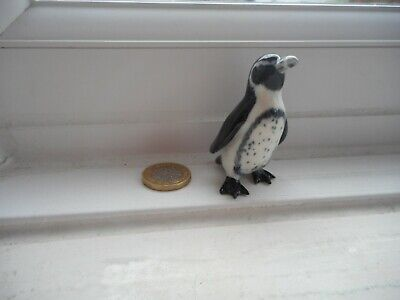 Penguin  -Pottery-  Unusual Miniature - Jackass Or African Black Footed Penguin