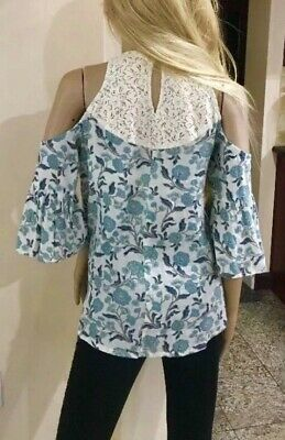 6eaca96916f962 Hollister Lacey White And Blue Floral Print Cold Shoulder Bell Blouse Size S