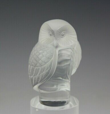 Signed Lalique France Crystal Wise Owl Bird Art Glass Paperweight Figurine