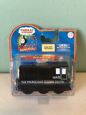 Thomas Friends Wooden Railway Mavis Red Label W Card 2006 Lc 99024 Nip