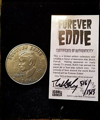 Collectable signed Eddie Munster / Butch Patrick Collectors Coin Token w pouch