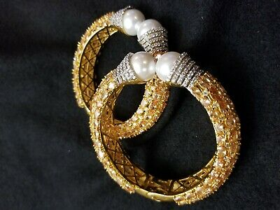 Beautiful  bangles set with champagne  stone with sworkis  crystal  2.4 size