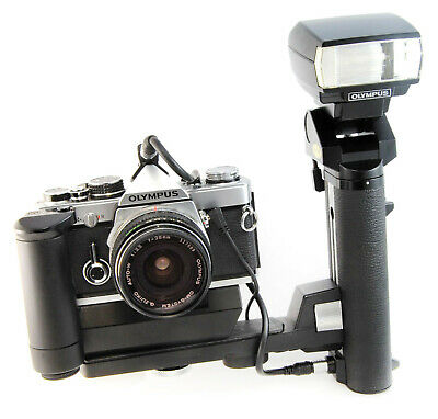 Olympus Power Bounce Grip 2, with TTL Auto Connector Type 4, + Sync Cables