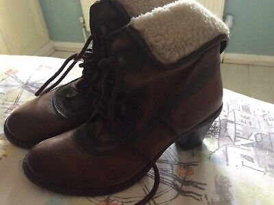 Spanish Leather Boots Brown With Fur Cuff Top Size 6