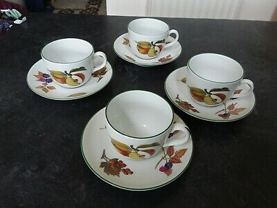 Royal Worcester Evesham Green. Four Cups and Saucers. Perfect