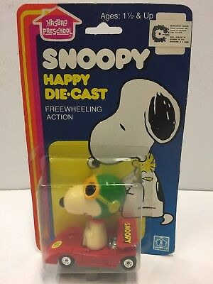 SNOOPY HAPPY DIE-CAST - RACE CAR - '80s HASBRO - MADE IN HONG KONG - M.O.C.