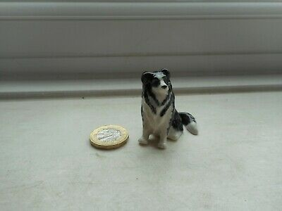 Border Collie - Beautiful  Miniature Pottery Sitting Black And White Sheepdog