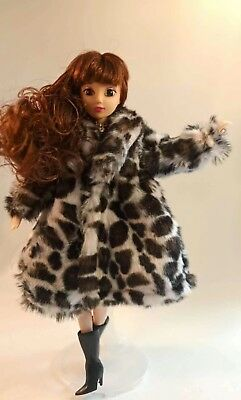 Best Sell Popular Barbie Doll sized Casual Cloth/Acessory@1 Coat+1 pair of Boots