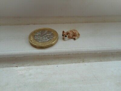 Cat - Beautiful Tiny Tiny Miniature Pottery Ginger Tabby Resting Cat/Kitten