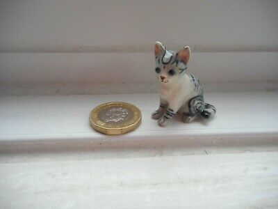 Cat - Beautiful Miniature Ceramic/Pottery  - Silver Tabby & White - Sitting Cat