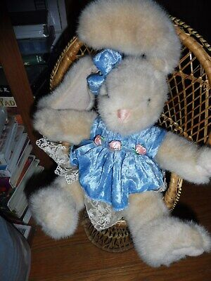 """EASTER SPRING Doll Furniture Rattan Peacock Chair 16"""" High Bunny rabbit included"""