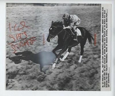 1956 Press Photo Needles Kentucky Derby Pimlico Horse Racing Dave Erb Jockey
