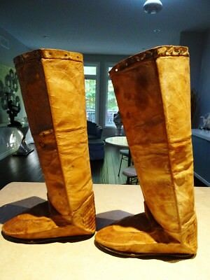1st Nations SUBARCTIC INNU moccasin boots Native American rare NASKAPI pleated