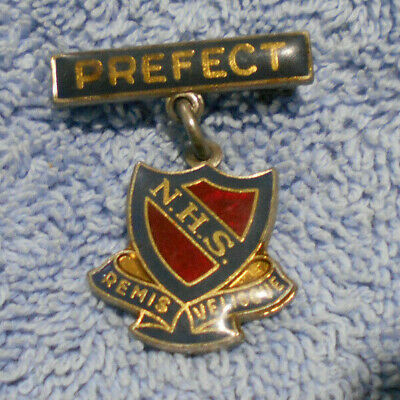 #D497.   Newcastle  High  School Enamel  Prefect Lapel  Badge