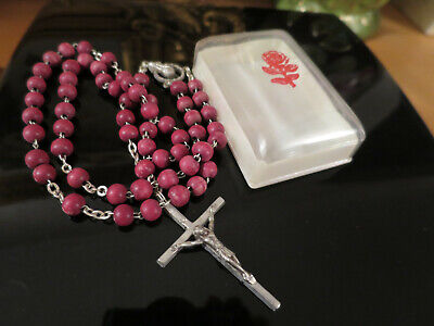 Fantastic Vintage Deep Red Wooden Rosary Beads, Italy, mid century, in box