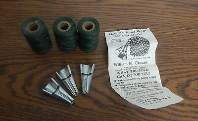 RARE VTG 1953 Tru-Fold Rug Braiding Shuttles, Instructions & Waxed Thread EUC