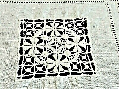 Gorgeous  Vintage White Linen Hand Embroidered Italian Tablecloth Unused