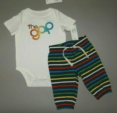 Baby boy clothes, 0-3 months, Baby GAP 2 piece set/  SEE DETAILS ON COLOR~~