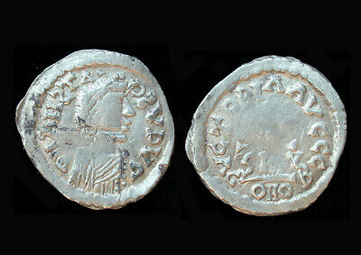 Ancient Artifact > The Gepids Pseudo-Imperial Coinage AR Half Siliqua 14804