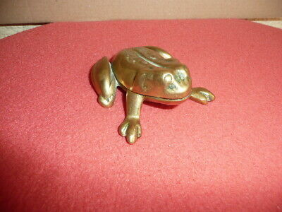 Small VTG Cast Solid Brass/Bronze FROG Figurine,Trinket Box,Ash Tray,Hinged Lid.