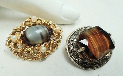 Two good quality vintage Scottish gold metal & agate glass brooches