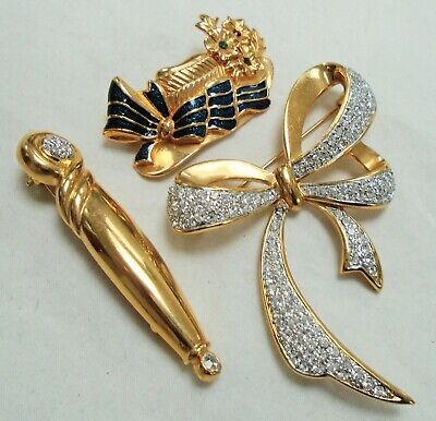 Good quality large vintage gold metal & diamond paste bow design brooch + 2