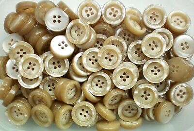 Large 23mm 27mm 38mm Light Cream Brown Chunky Swirl 4 Hole Coat Button CB105A-C