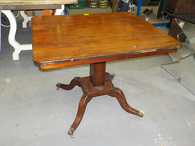 Early Victorian Mahogany Pedestal Dining Table