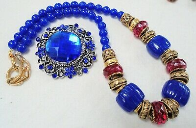 Good vintage gold metal & faux lapis bead necklace + silver metal brooch
