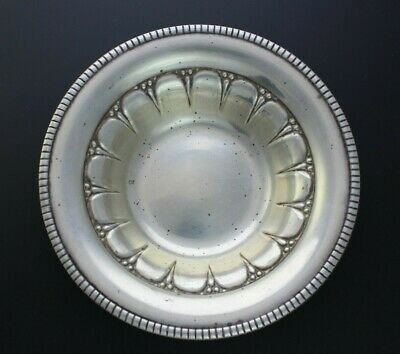 """Revere Silversmiths Inc Sterling Silver Ribbed Bowl 5 7/8"""" Dia. 84g"""