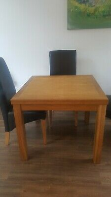 Laura Ashley Extendable Solid Wood Table With Chairs