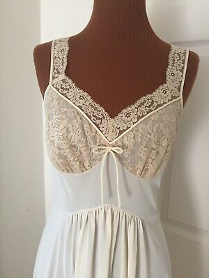 VTG 60s Nightgown VANITY FAIR Beige Nylon Ecru Lace SZ Small Bust 32