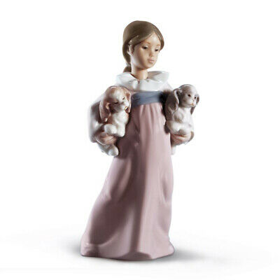 Lladro Arms Full Of Love - 01006419